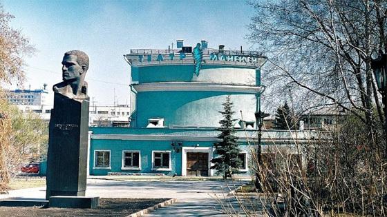 Театры челябинск афиша на январь 2014 концерты харьков афиша хатоб